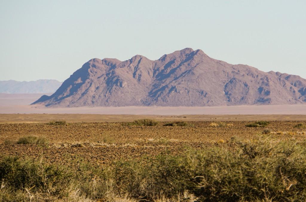 Am Nachmittag geht es los zum ersten Ausflug. Ziel ist das Sesriem Canyon.