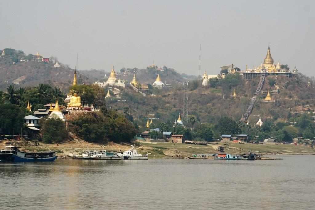 Irrawaddy - Blick auf den Hügel von Sagaing